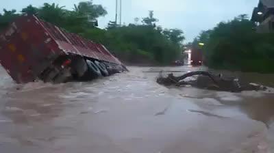 Misc   disaster   Tamil Whatsapp Status Videos   KunduBulb