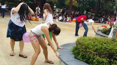 Funny | balloon | blast | hip dance | Tamil Whatsapp Status Videos | KunduBulb